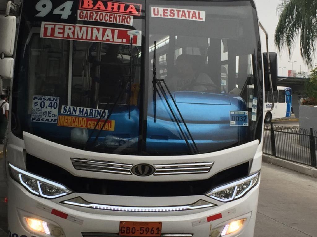 Municipio de Guayaquil deja en manos del Gobierno el aumento del pasaje de transporte