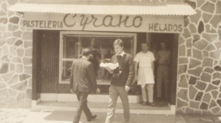 El primer local de Cyrano se abrió en 1958.