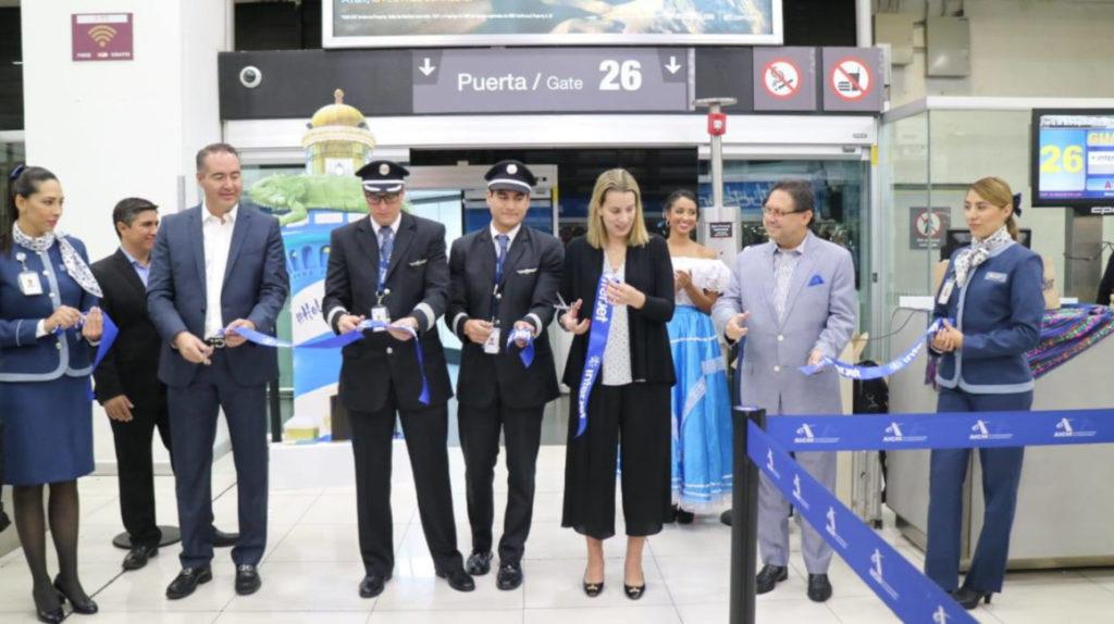 La aerolínea mexicana Interjet inaugura nueva ruta entre México y Ecuador