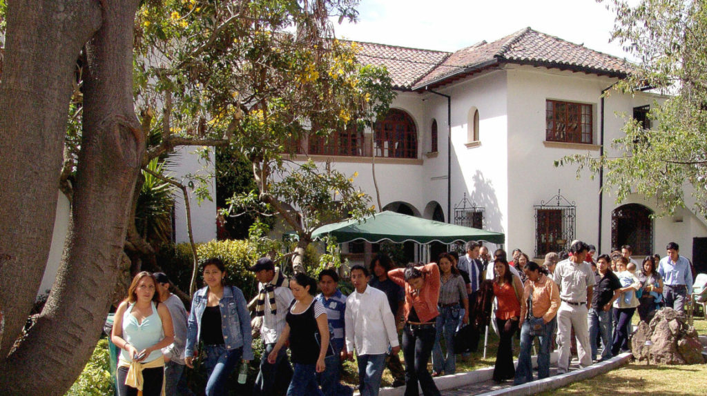 Ecuador recupera la Academia Diplomática, cerrada por Correa