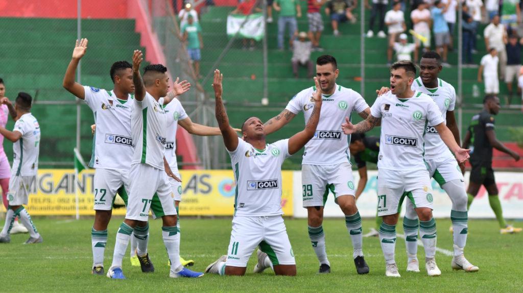 LDU de Portoviejo empató y se repetirán los 'playoffs' de la Serie B