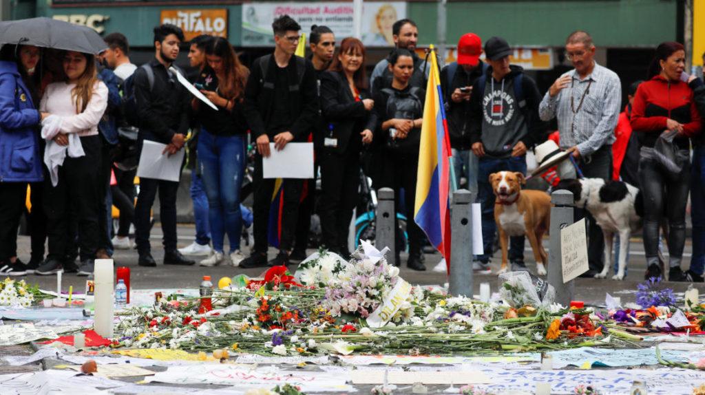 Sindicatos y estudiantes intensificarán protestas en Colombia