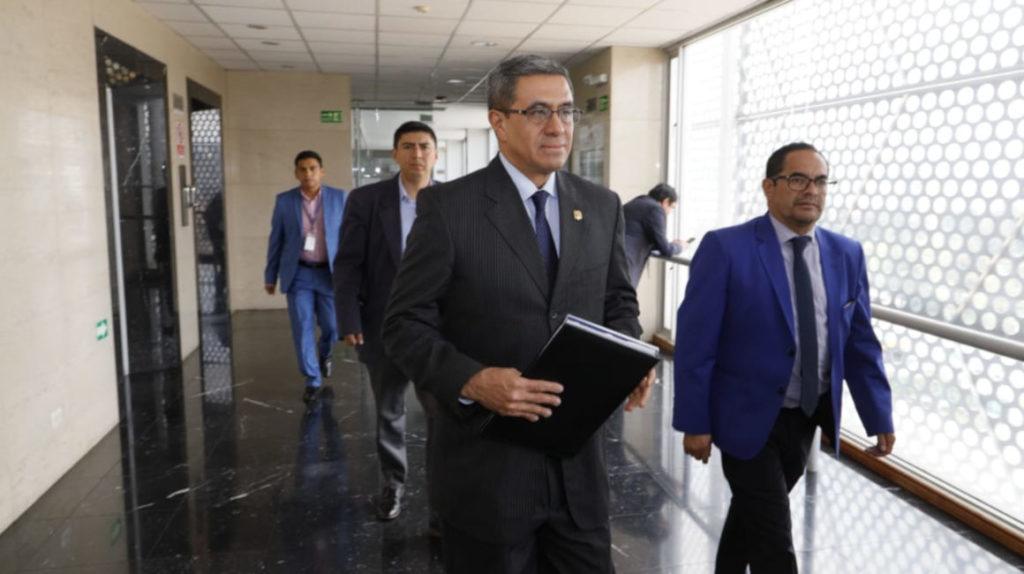 José Agusto renuncia al Ministerio de Energía en plena crisis