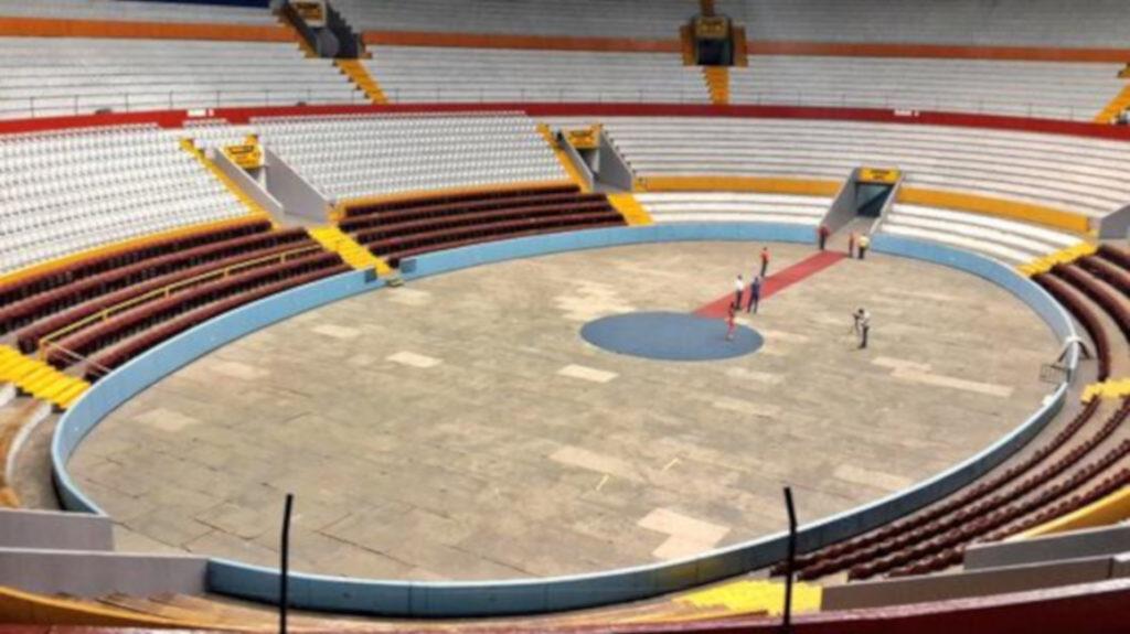 Tres días tomará preparar la cancha del Rumiñahui para el partido de Roger Federer