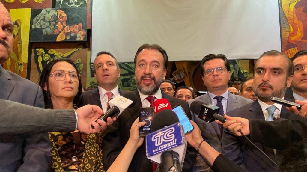 Asamblea enredada por su propia inoperancia en el trámite de reformas económicas