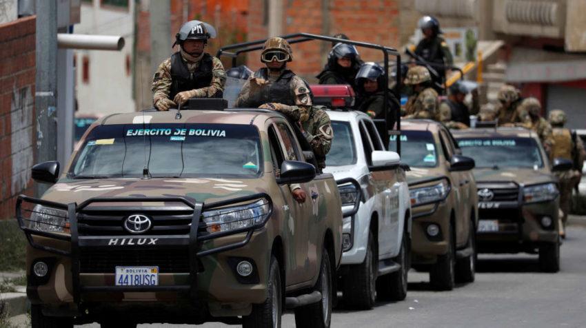 Los militares también patrullan en cooperación con la policía.