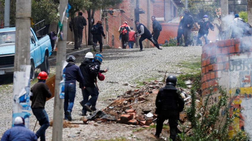 Opositores y partidarios de Evo Morales se enfrentan en distintas ciudades de Bolivia.