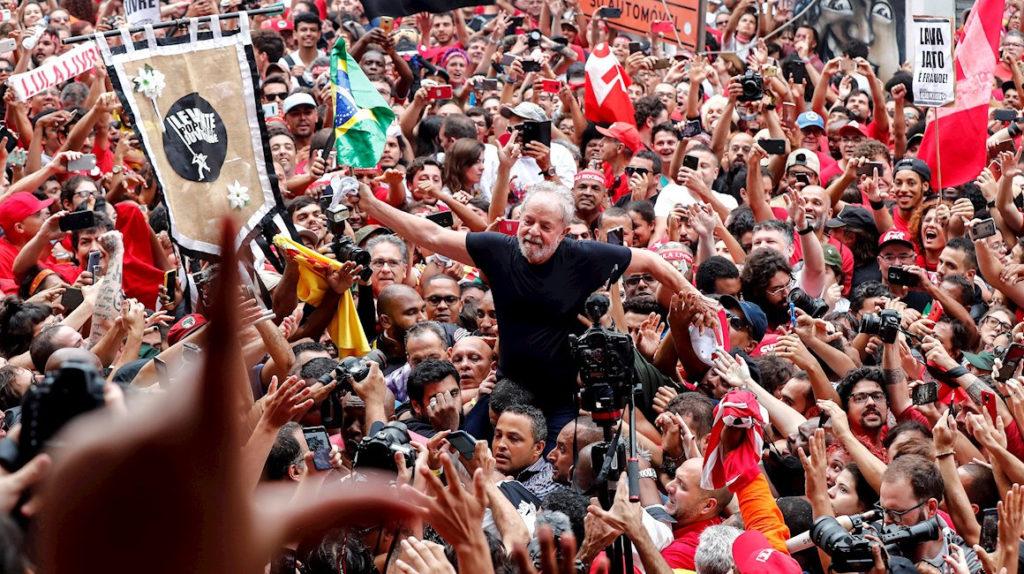 Lula dice que prefirió la cárcel al exilio para demostrar las mentiras en su contra