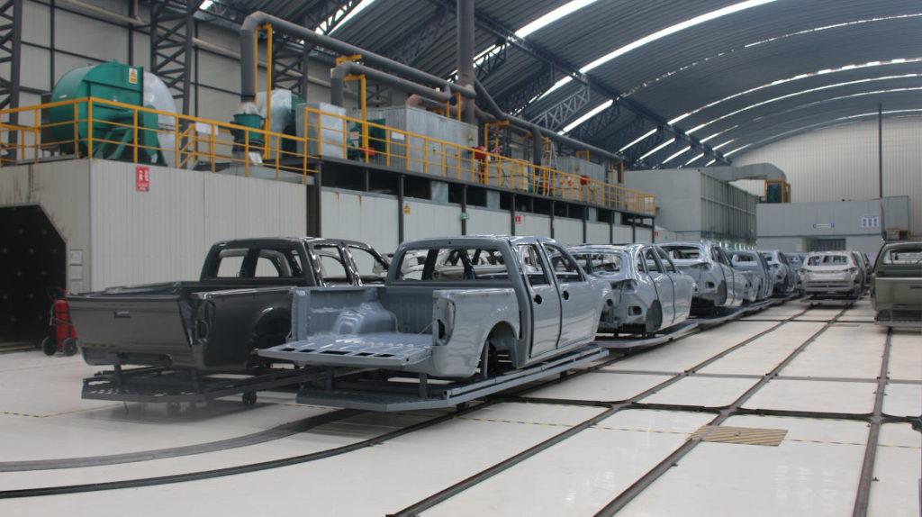 En una década la producción de vehículos en Ecuador cayó 77%