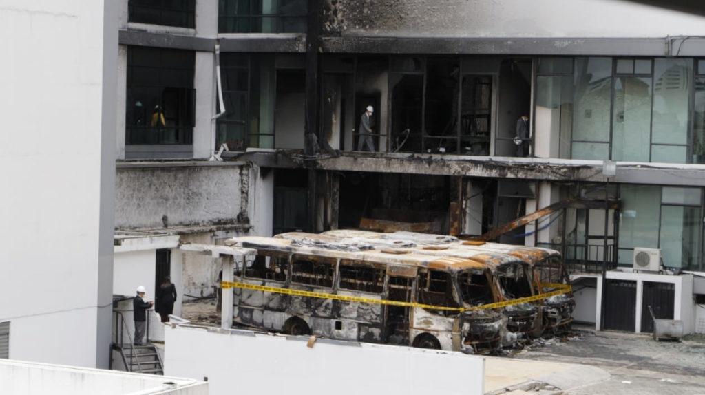 Incendio en la Contraloría: Superintendencia ratifica orden de pago