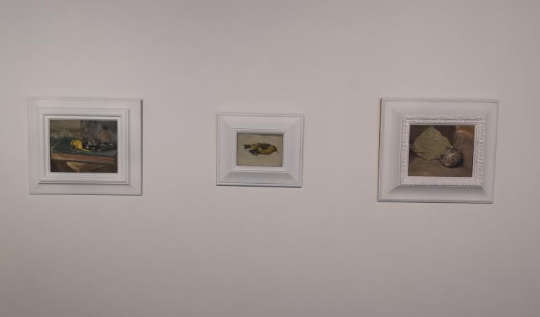 Obras 'Pájaro nm', 'pájaro amarillo' y 'Muma', de Ilowasky Ganchala.