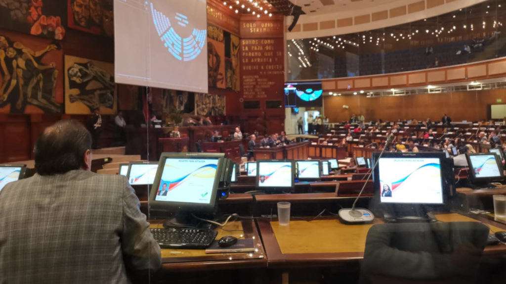 Asamblea resuelve lío de la publicación de la reforma tributaria en el Registro Oficial