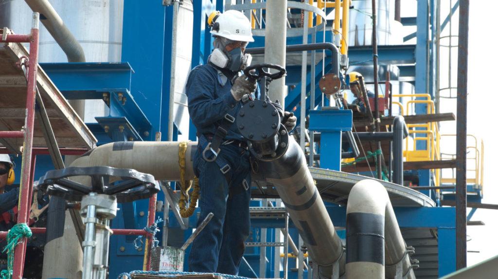 Ecuador espera incrementar la producción petrolera en 2020