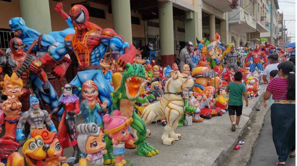 Guayaquil suspende la exhibición de monigotes gigantes en fin de año