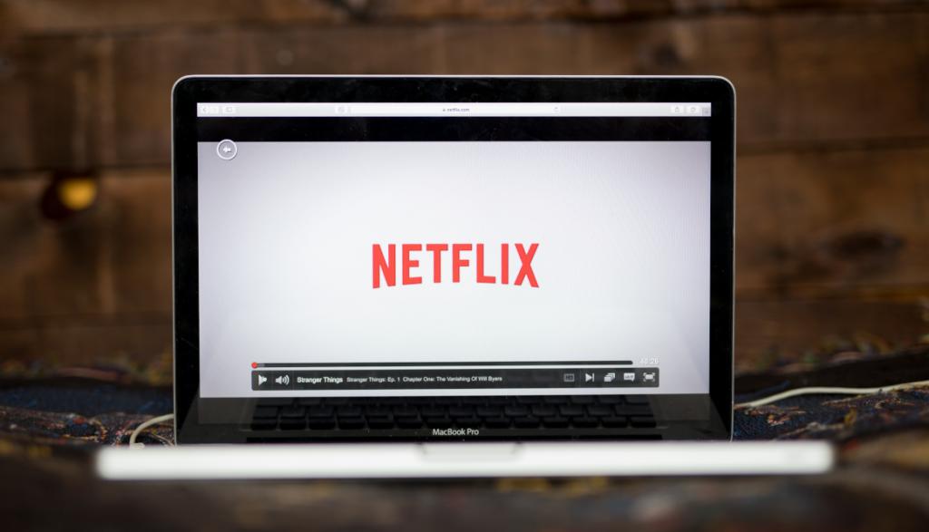 Netflix gana USD 1.706 millones hasta marzo, pero baja en suscripciones