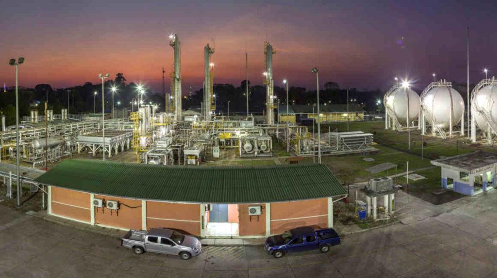 Las tres refinerías del país pararon 23 veces en 2019
