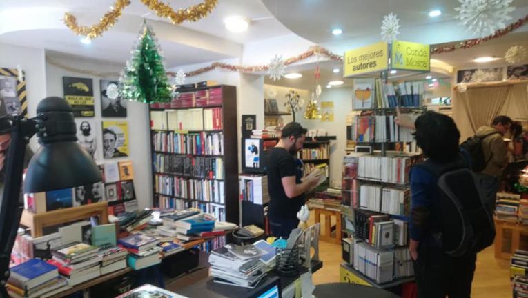 Librería Conde Mosca abrió sus puertas este 3 de junio.