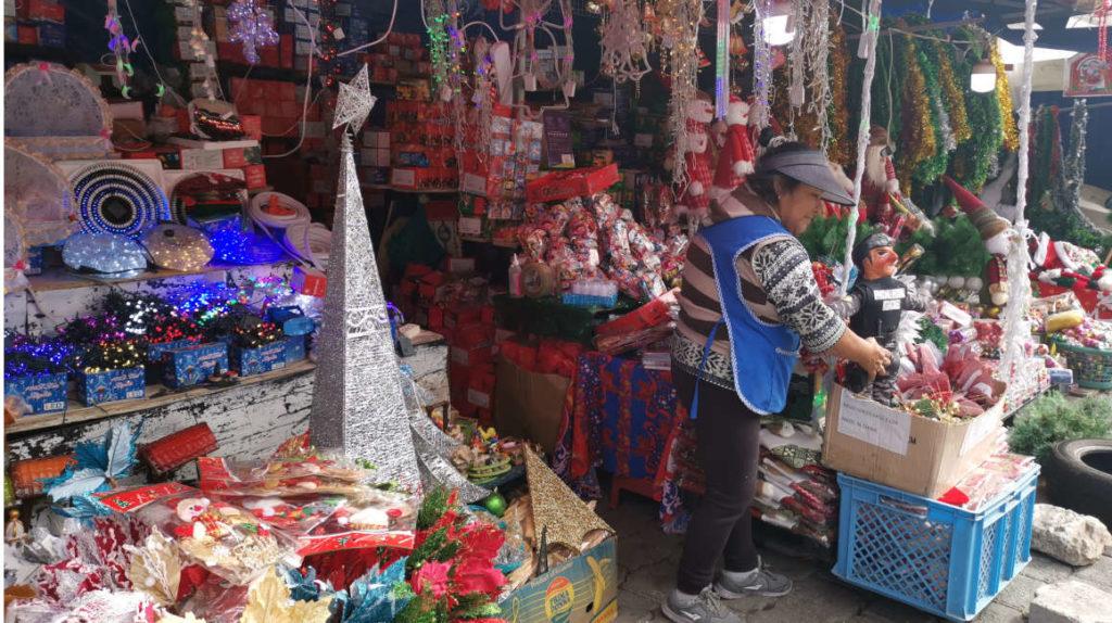 Ferias navideñas, una oportunidad para quienes no tienen empleo