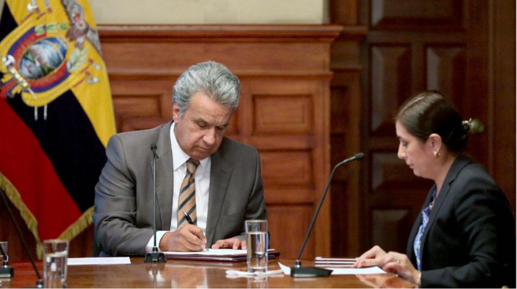Los vetos del Ejecutivo llegan 'con las justas' a la Asamblea