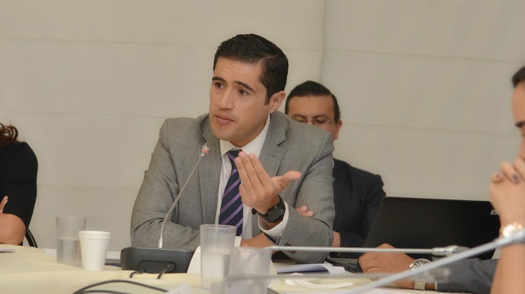 Finanzas dice que es prematura la rebaja de la calificación de Ecuador