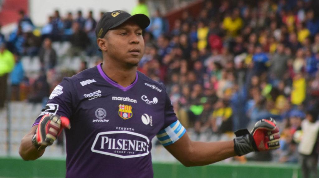 Máximo Banguera desmiente una salida de Barcelona