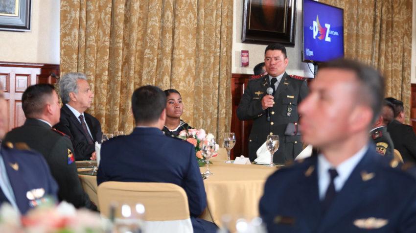 El presidente Moreno almorzó con un grupo de militares, que fueron afectados durante las manifestaciones, el 29 de octubre de 2019.