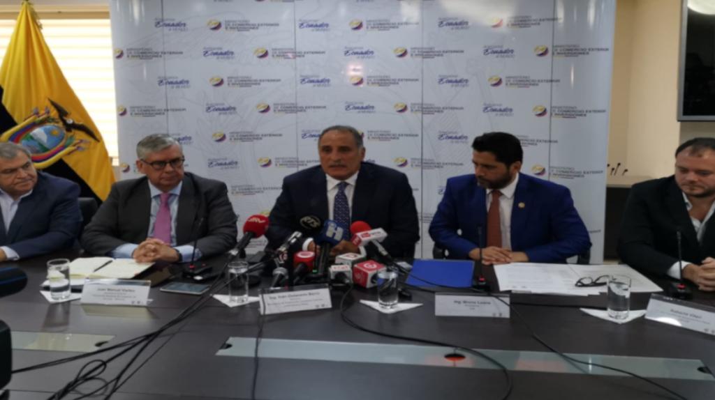 Ecuador invertirá USD 18 millones para combatir la pesca ilegal