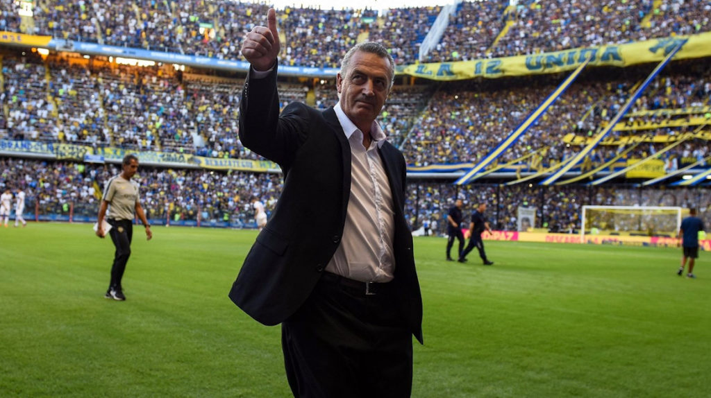 Gustavo Alfaro: el DT con 28 años de experiencia que nunca ha dirigido una selección