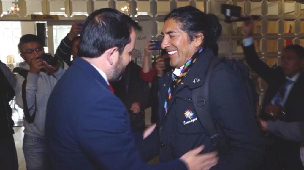 El dirigente indígena, Yaku Pérez, se reconcilia con el gobierno
