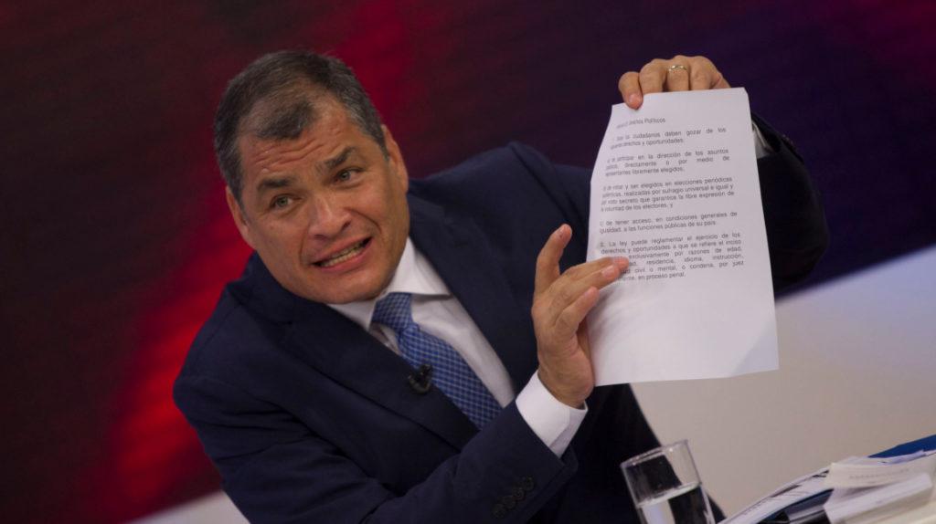 Expresidente Rafael Correa está en Caracas confirma su hermana