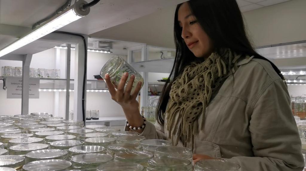 Una ecuatoriana se codea con la élite joven de la biotecnología