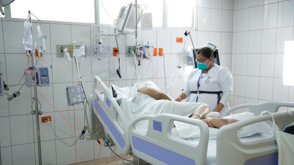 """La paciente contagiada de coronavirus sigue con """"pronóstico reservado"""""""