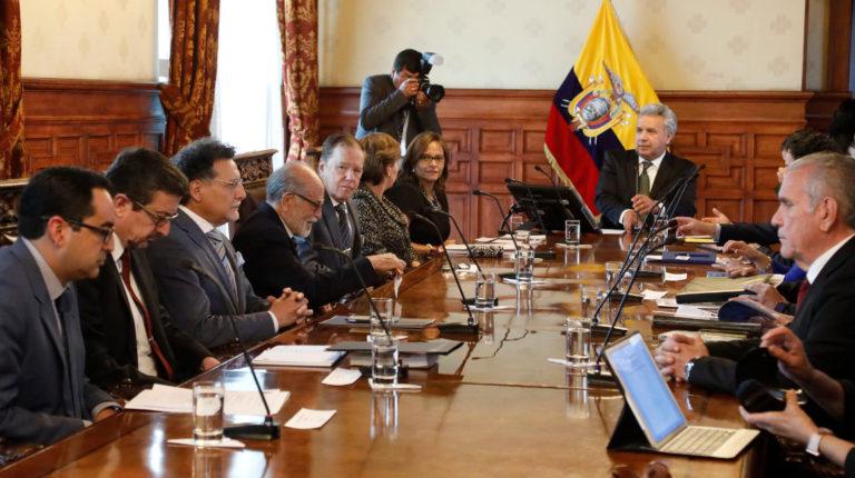 El 22 de octubre de 2018, el presidente Moreno anunció la conformación de una mesa interinstitucional entre las funciones del Estado para luchar en contra de la corrupción.