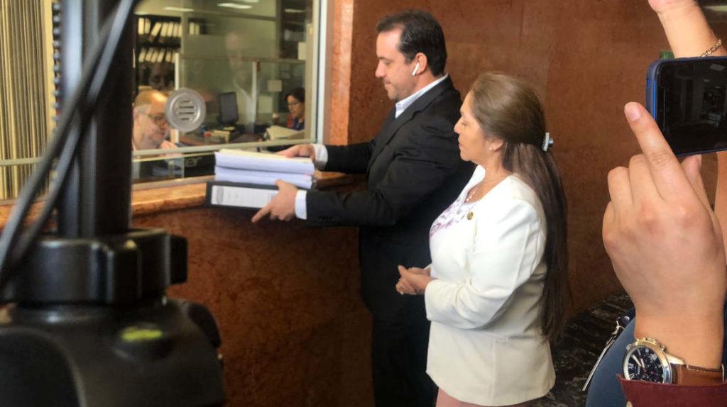 Tercer intento para llevar a juicio político a la ministra Romo