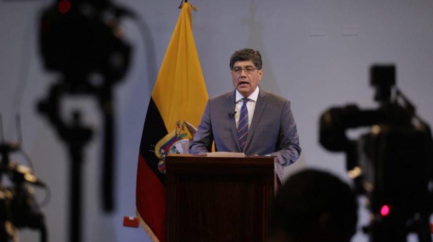 El canciller José Valencia leyó el comunicado del Gobierno Nacional sobre los legisladores asilados en México, este 9 de enero de 2020.