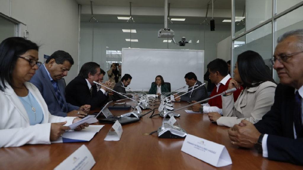 Comisión de Fiscalización acorralada por los casos de corrupción