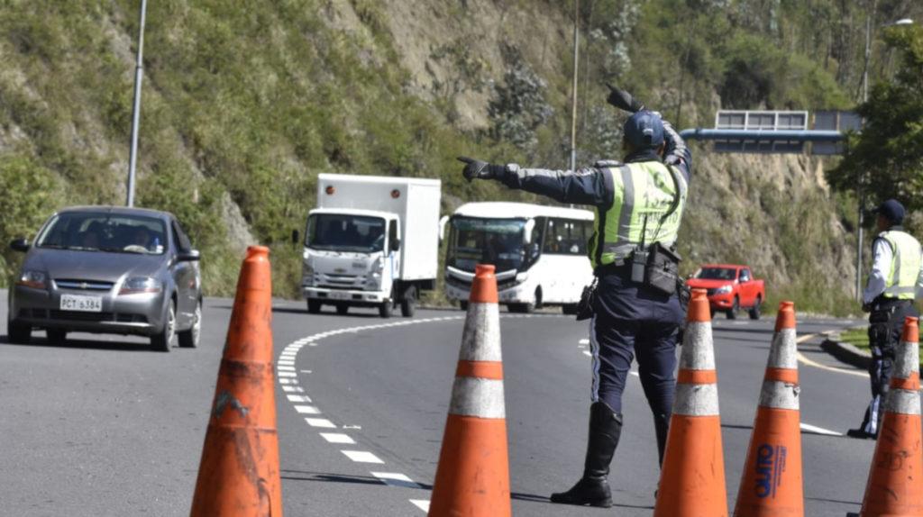 Carril exprés: una propuesta de solución vial para Quito