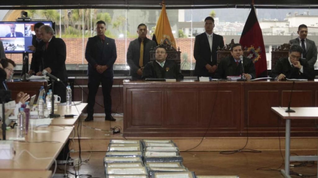 Defensa de Correa no niega delito, pero cuestiona origen de la prueba