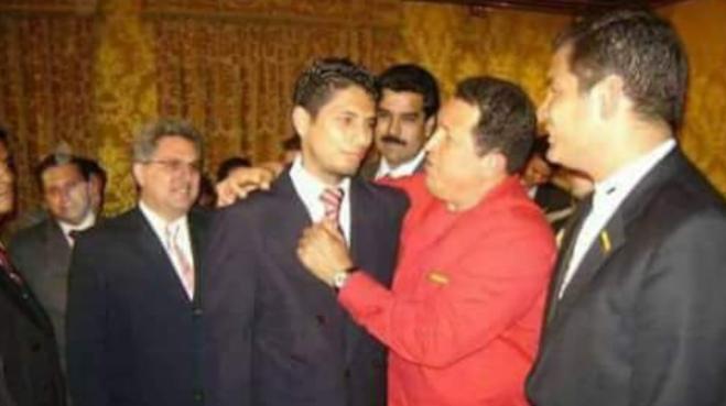Fernando Balda, Hugo Chávez, Nicolás Maduro y Rafael Correa durante un evento oficial en 2008, en Carondelet.