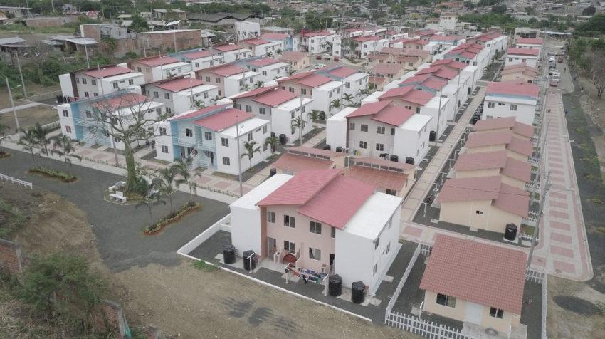 Una vista panorámica de un plan de vivienda del Gobierno, en Jipijapa (Manabí),