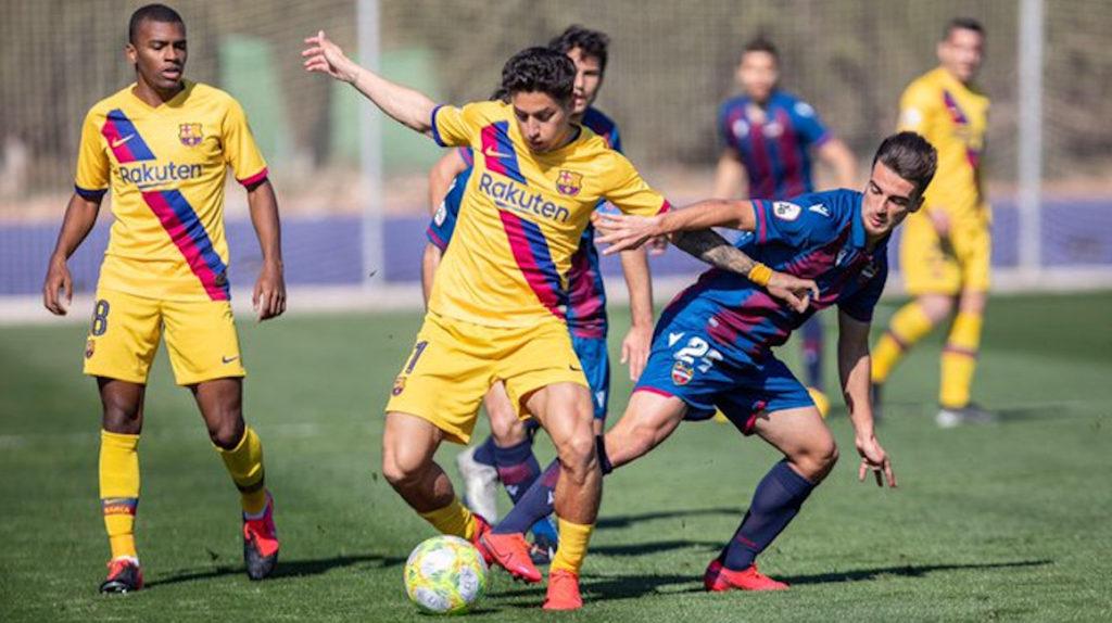 Kike Saverio vuelve a entrenar con el primer equipo del FC Barcelona