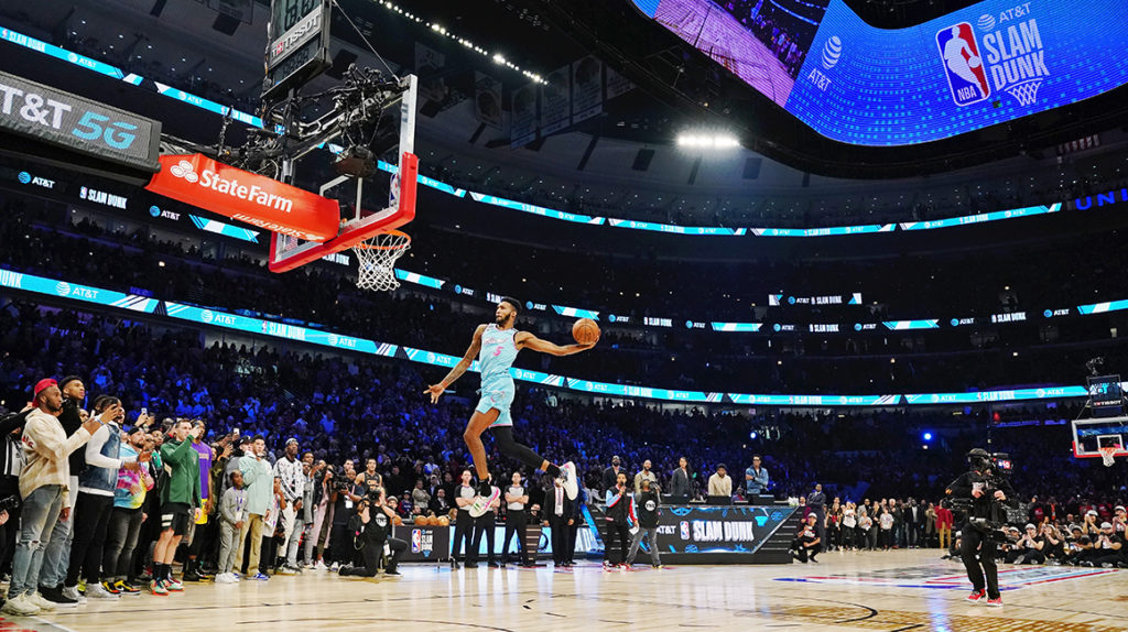 Derrick Jones se impone en el concurso de volcadas de la NBA