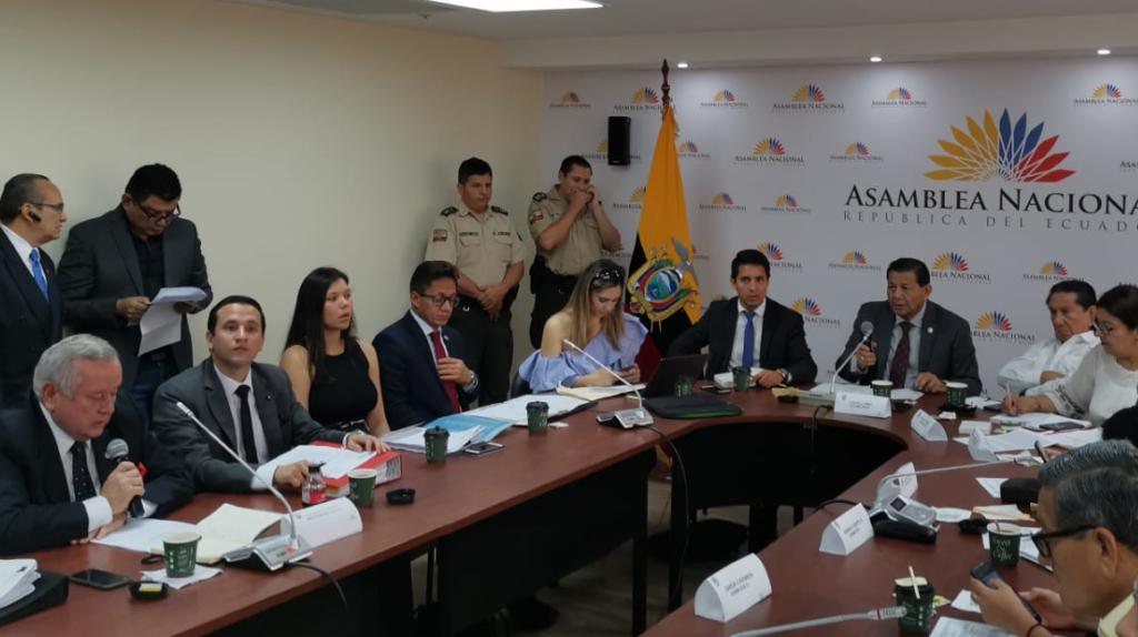 En la Universidad de Guayaquil se roban hasta los inodoros
