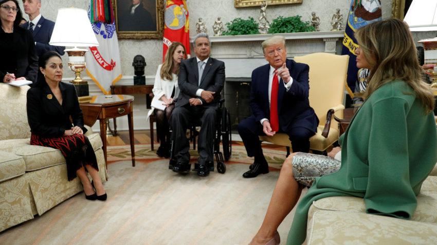 El presidente Lenín Moreno y su homólogo Donald Trump (centro) durante su reunión el 12 de febrero de 2020.