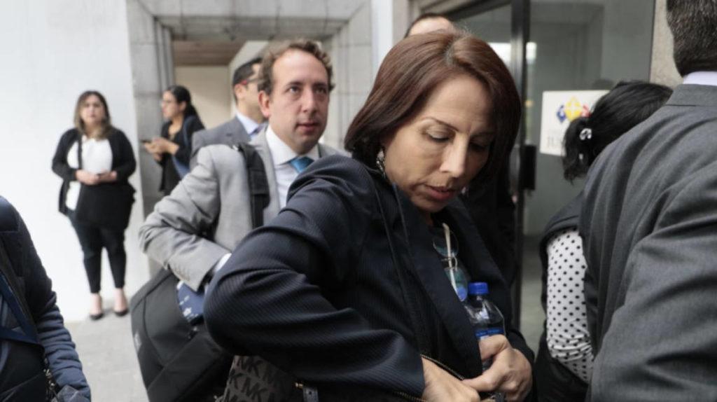 Justicia emite orden de prisión preventiva contra María de los Ángeles Duarte