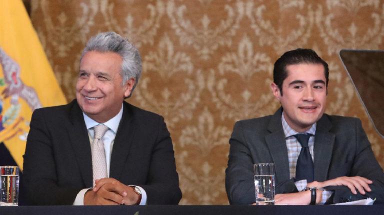 El presidente Lenín Moreno y el ministro de Finanzas, Ricjard Martínez, durante la presentación del acuerdo por la jubilación en 2018.