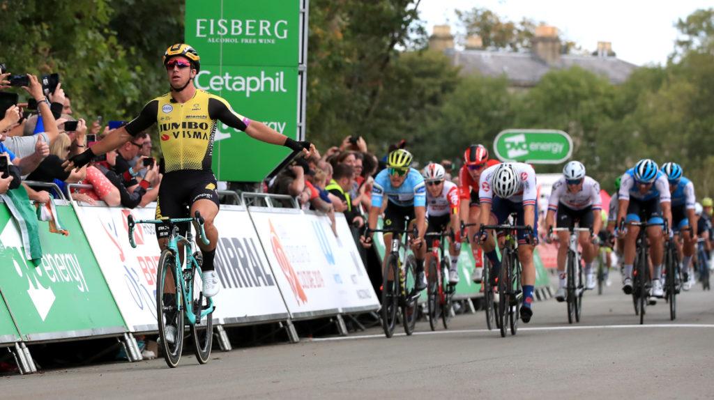 Jefferson Cepeda no pierde tiempo en la primera etapa de la Vuelta a Valencia