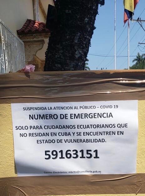 En la Embajada en Cuba este aviso recibe a los ecuatorianos que buscan ayuda para regresar al país.