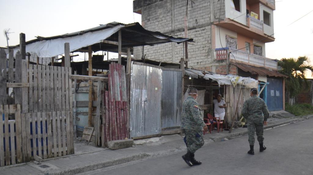 Ecuador reporta 1.082 contagiados y 27 fallecidos por coronavirus