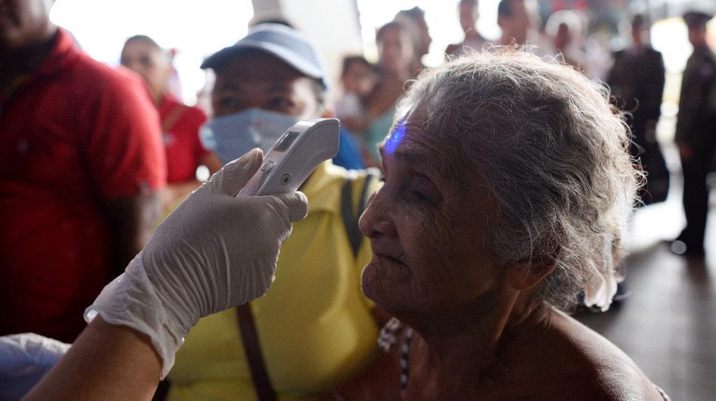 Finanzas: Salud tiene USD 3.888 millones, pero no los gasta